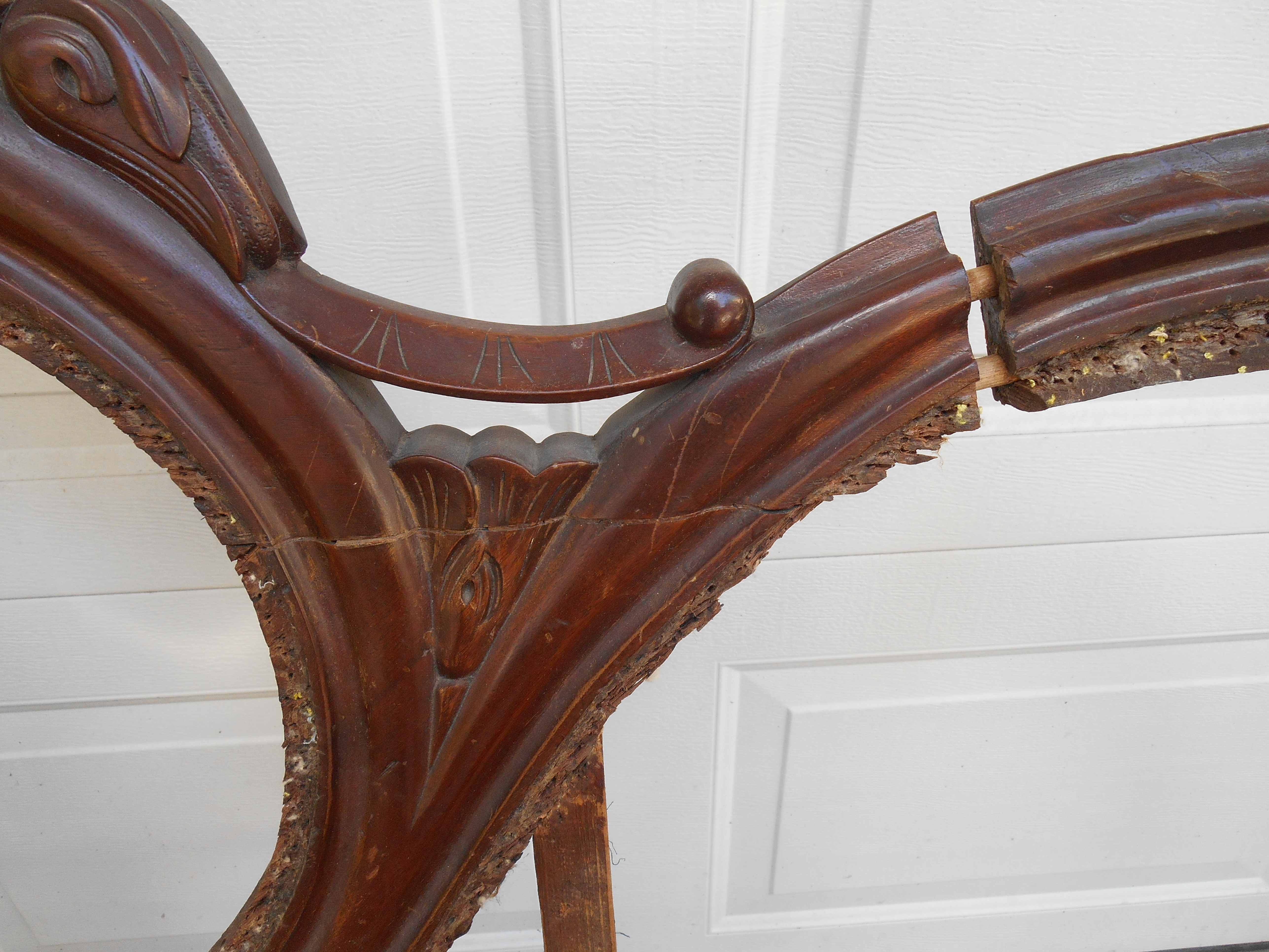 Furniture Is Ladd And Rose S Pion They Have A Long History Of Restoring Fine Antiques In 1988 Upholstery Designs Opened Charleston Sc